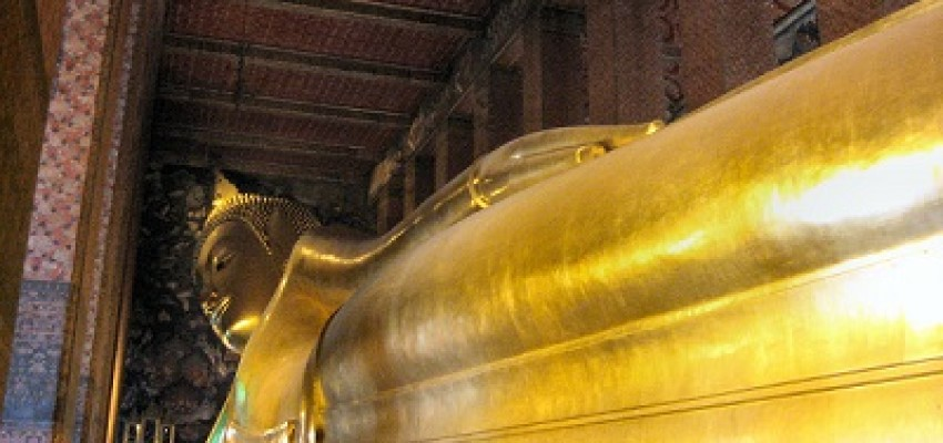 The largest reclining Buddha statue in Asia, Bangkok
