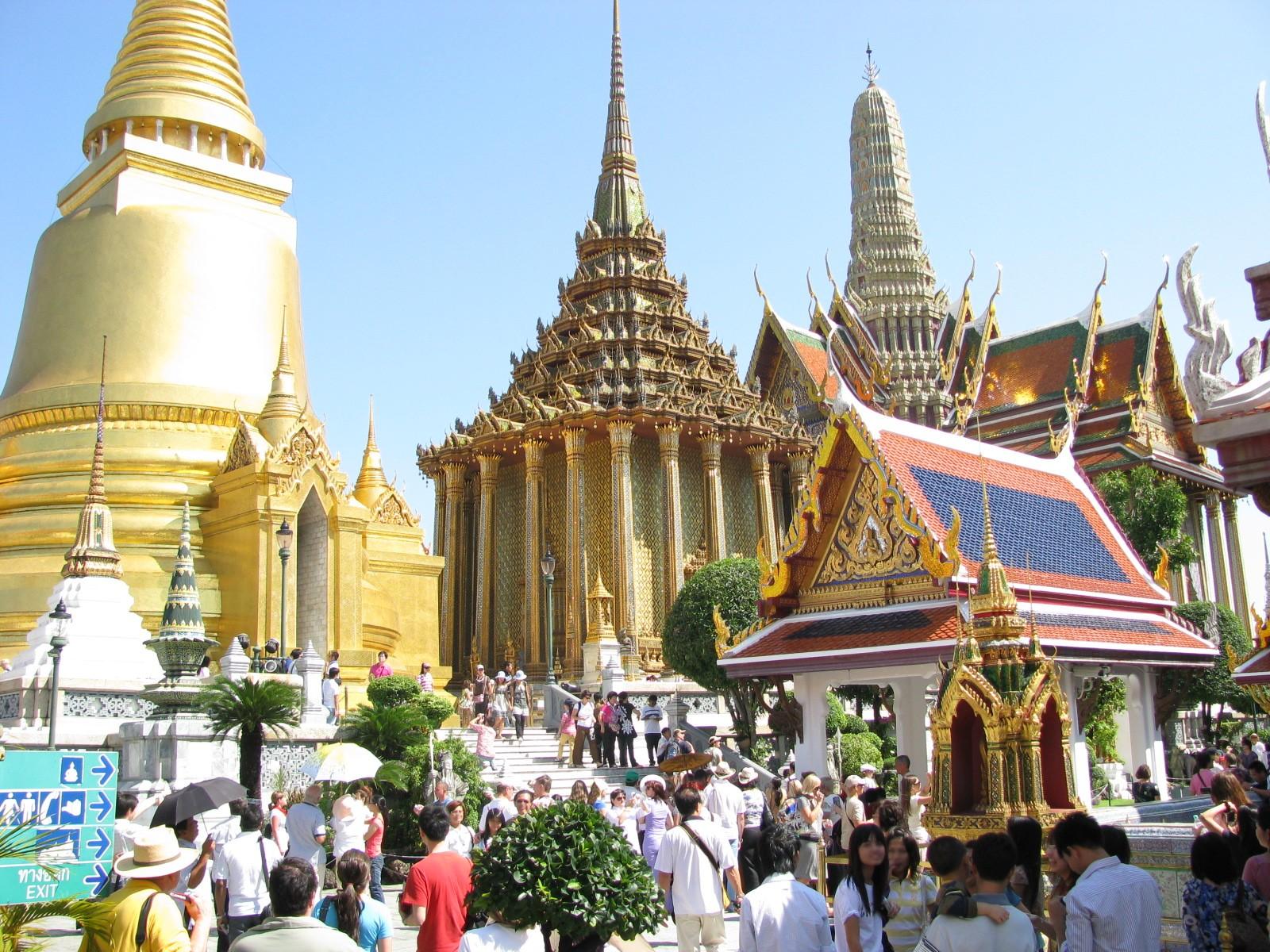 Thailand is safe & love its tourist